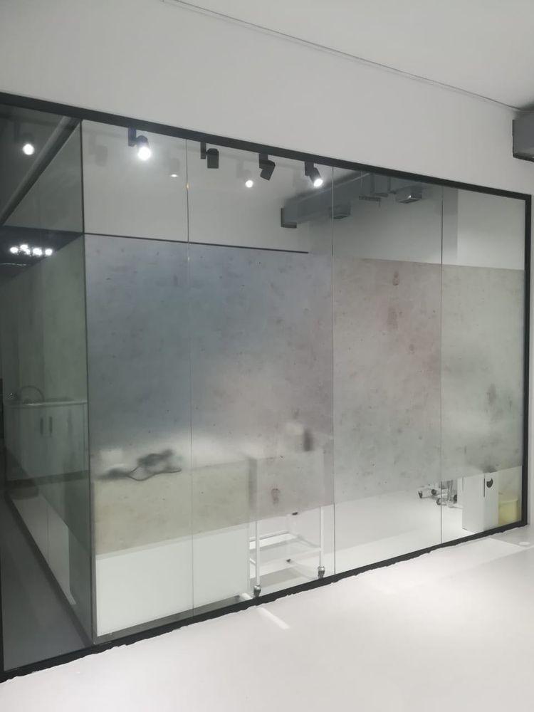 Фото Уютное помещение c перегородками Cristal
